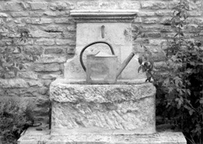 Fontaine en Pierre Les Ateliers Burgondes